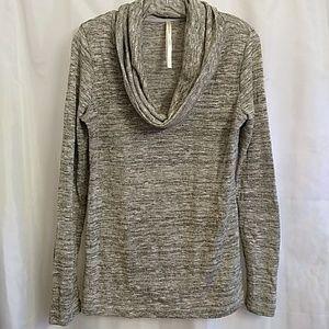 Beautiful renee c  metallic sweater